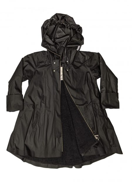 McVerdi drawstring hooded raincoat with two-way zipper and fleece lining.