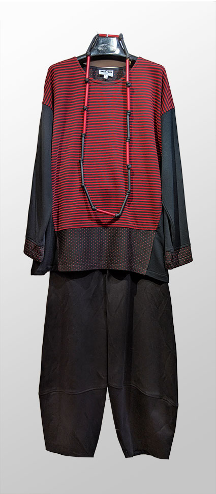 Motion pattern-block knit tunic, over Motion classic cotton-twill bubble pants.