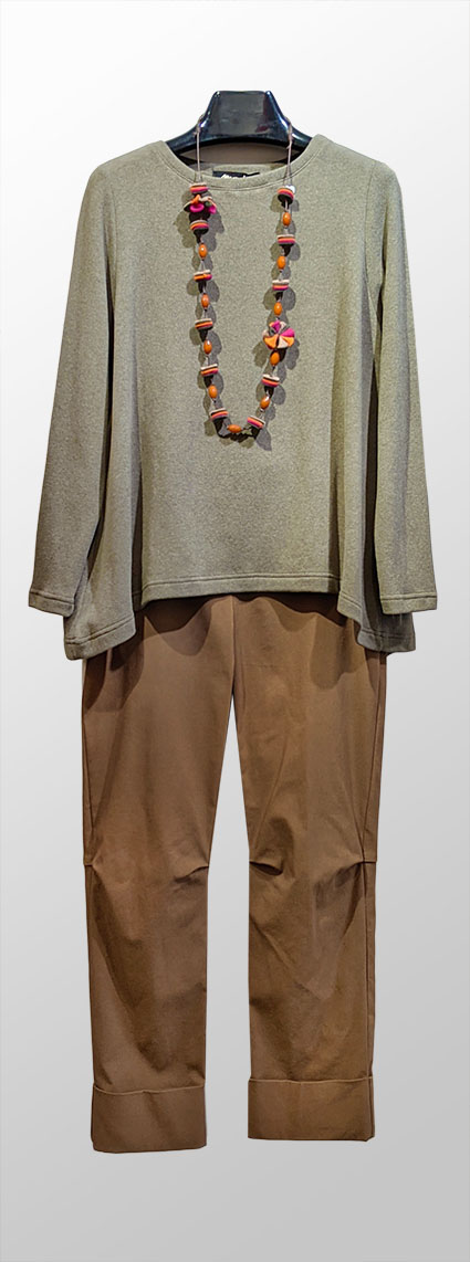 Mama B cozy knit tee in moss green. Over Vespa pants in Cane brown.