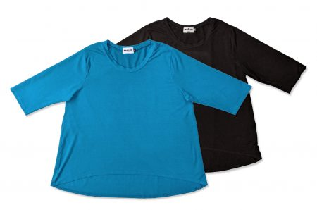 Motion boxy hi-low tee in stretch-rayon knit. Now available in cerulean blue.