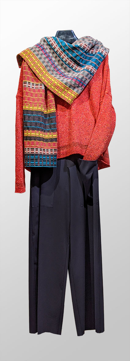 Mes Soeurs et Moi scarlet tweed wool-blend sweater, over Elemente Clemente wide-leg pant in technical knit. Paired with Catherine Andre wool blend autumn shawl.
