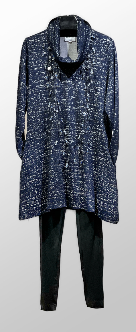 Motion Navy speckled knit tunic with a cowl neck, over Oska slim leggings.