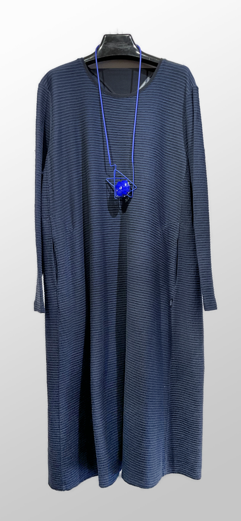 Elemente Clemente organic cotton dress in Navy blue.