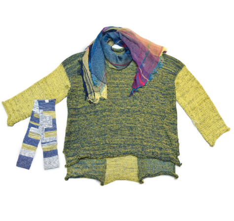 Skif cotton-blend sweater in yellow and pine, paired with a Tamaki Niime 100% cotton gauze scarf and arm warmers.