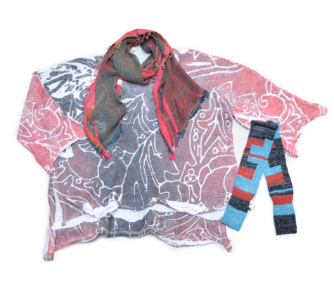 Skif printed cotton knit pullover, paired with a Tamaki Niime 100% cotton gauze scarf and arm warmers.