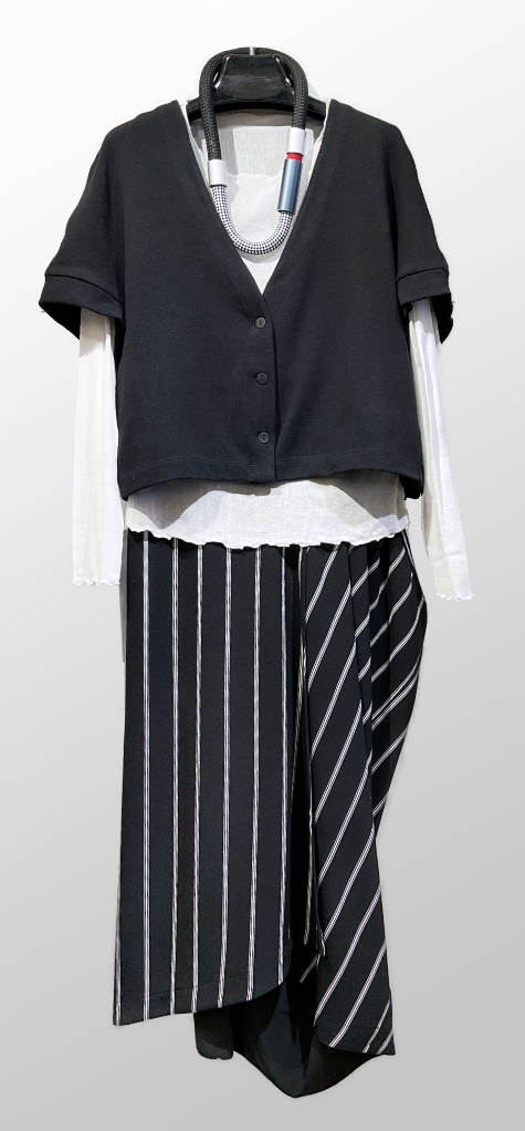 Mes Soeurs et Moi cap-sleeve cardigan, over a Motion 100% cotton mesh tee. Paired with a Moyuru draped skirt in striped crepe.