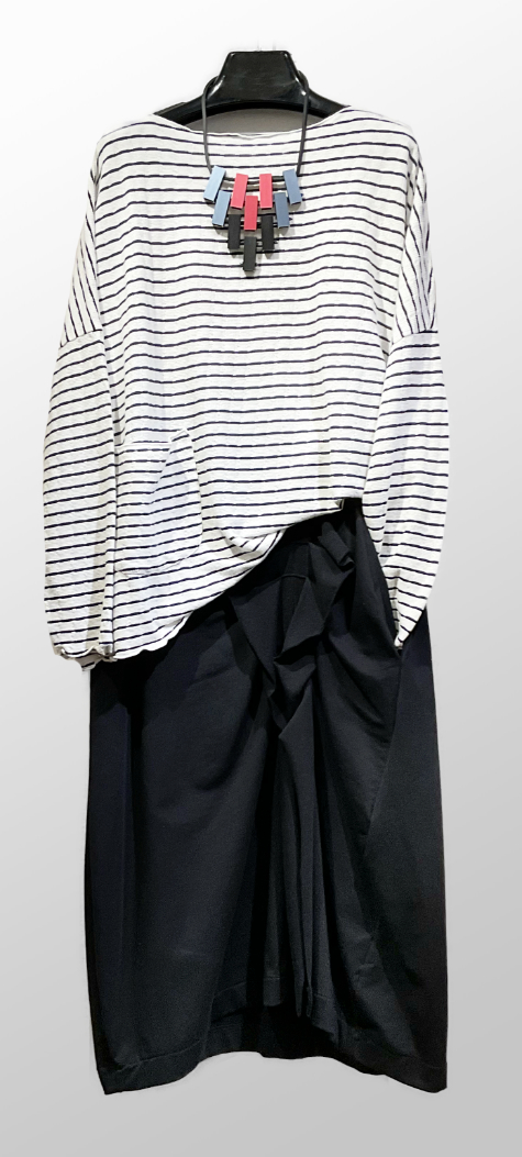 Motion tencel-blend onesize striped pullover, over a Mama B french terry tucked pencil skirt.