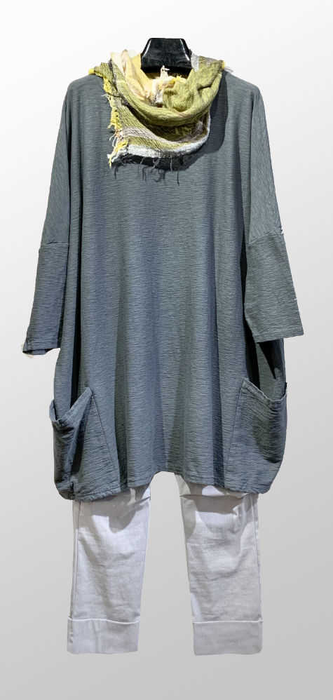 Motion cotton-linen knit 2-pocket tunic in gravel grey, over Vespa pants in Ash grey. Paired with a small Tamaki Niime 100% cotton scarf.