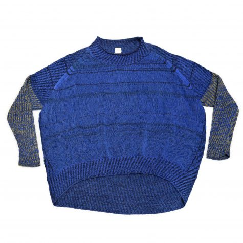 Tamaki Niime 100% cotton bubble sweater with fitted contrast sleeves.