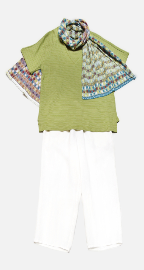 Mes Soeurs et Moi short sleeve striped 'v' tee, over Flax floods in white. Paired with a reversible Catherine Andre knit scarf.