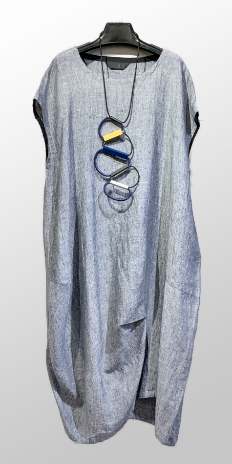 Moyuru cotton-linen sculpted bubble dress.