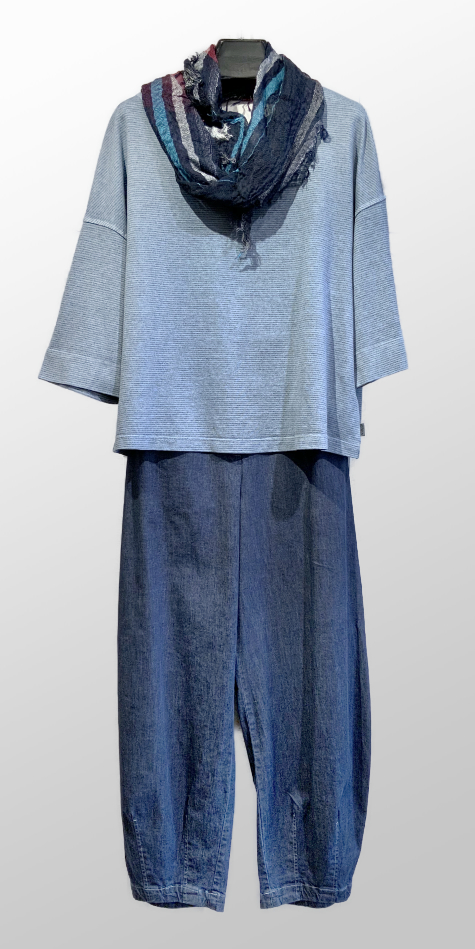 Oska hemp-blend boxy tee, over Oska relaxed denim pants. Paired with a small Tamaki Niime 100% cotton shawl.