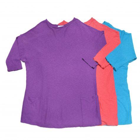 Motion cotton-linen blend smaller 2-pocket tees.