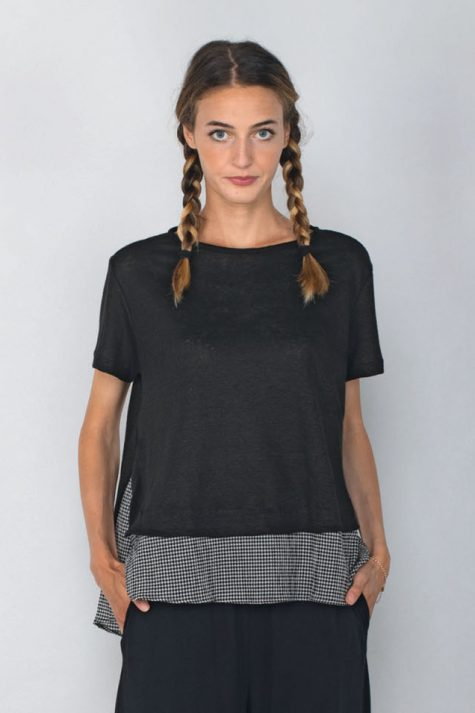 Mama B linen knit tee with a gingham border.