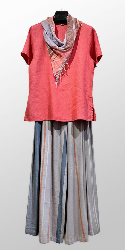 Flax 100% linen short sleeve tee in strawberry red, over Tamaki Niime 100% cotton wide-leg pants. Paired with a small Tamaki Niime scarf.