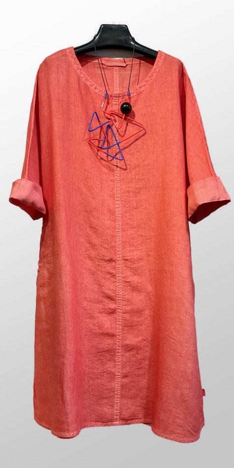 Elemente Clemente relaxed A-line linen dress.