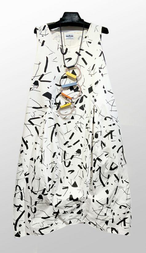 Motion sleeveless cotton bubble dress with confetti print.
