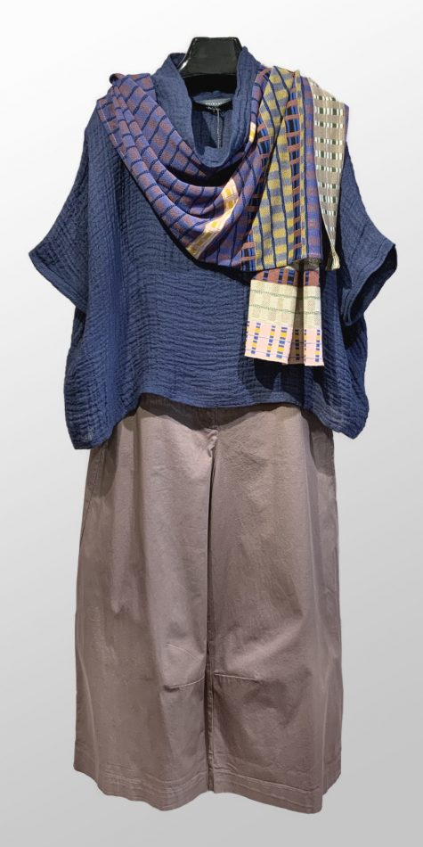 Neirami linen double-gauze topper, over Neirami brushed cotton wide-leg pants. Paired with a Catherine Andre knit summer shawl.