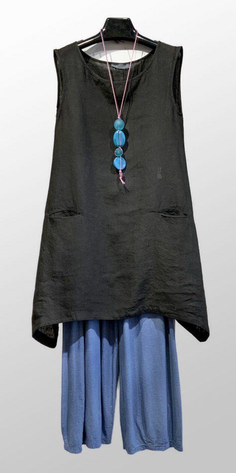Neirami 100% linen sleeveless tunic, over Motion darted crop pants in cotton-linen blend knit.
