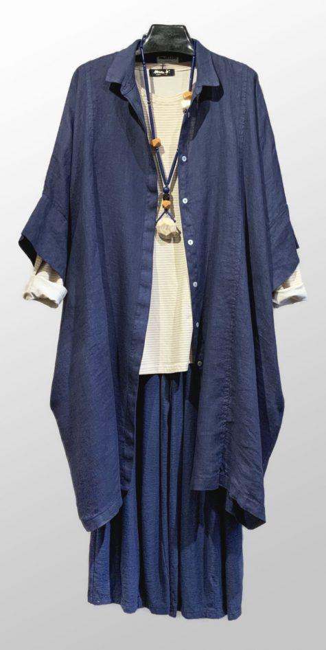 Motion 100% linen kimono shirtdress, worn over a Mama B cotton knit long-sleeve tee and Motion cotton-linen blend knit pants.