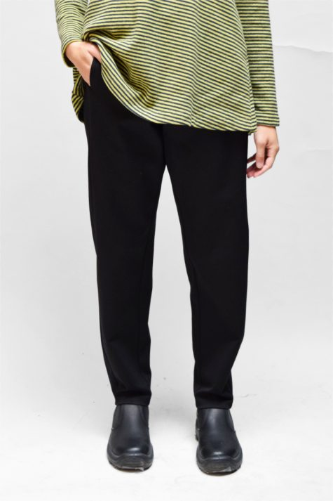 Mes Soeurs et Moi tapered doubleknit pants in black. Also available in navy blue.