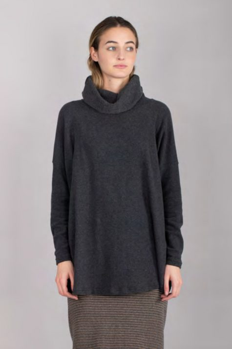 Mama B onesize cozy knit cowl sweater.