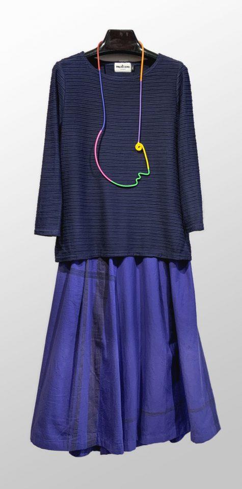 Motion textured knit stripe tee, over Tamaki Niime 100% cotton cropped pants.