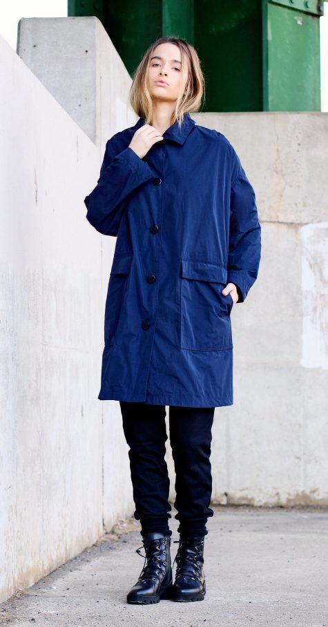 Mycra Pac Big Easy raincoat in Royal Blue.