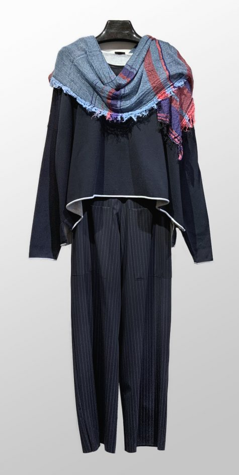Rundholz Black Label boxy knit tee, over Elemente Clemente wide-leg pants in technical knit. Paired with a Tamaki Niime medium 100% cotton gauze scarf.