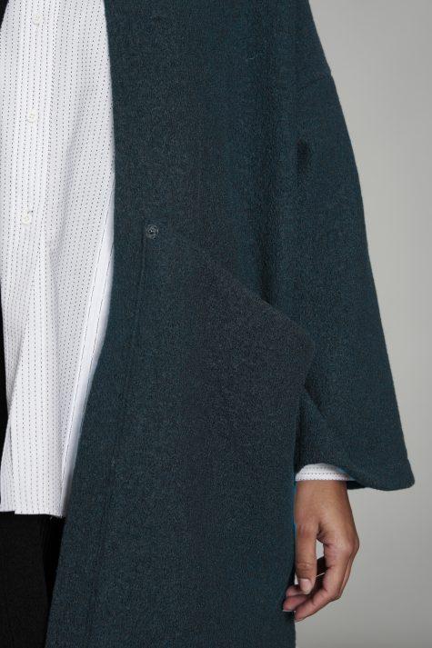 Elemente Clemente boiled wool loose fall coat, pocket detail.