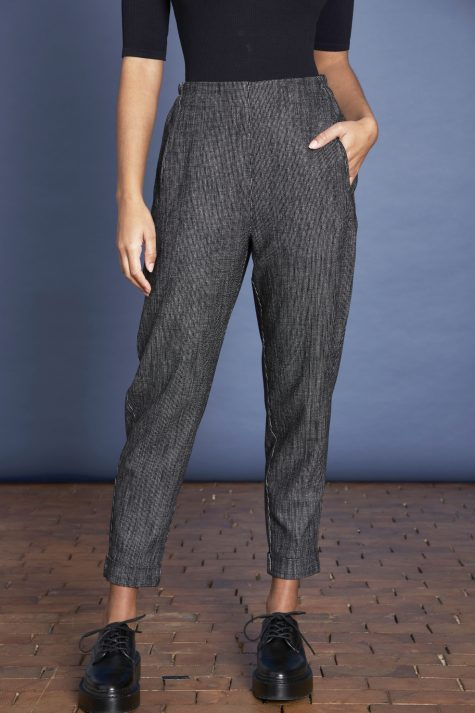 Elemente Clemente tapered pants in black and white nailhead weave.