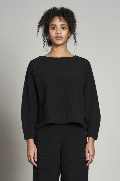 Elemente Clemente lantern-sleeve pullover in a medium-weight crepe.
