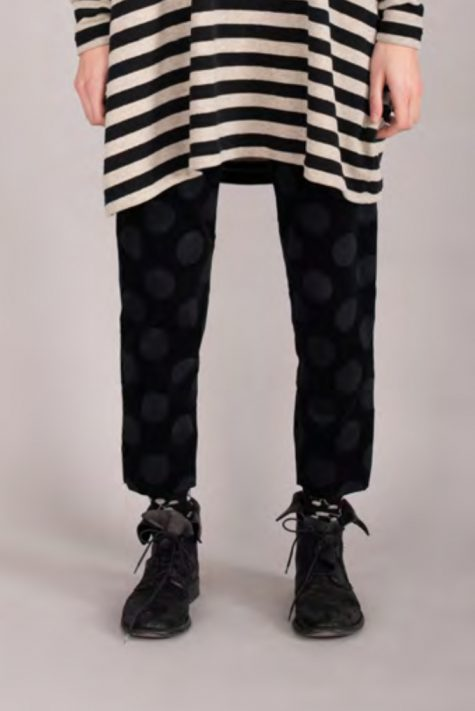 Mama B stretch corduroy dotted leggings, back in stock.